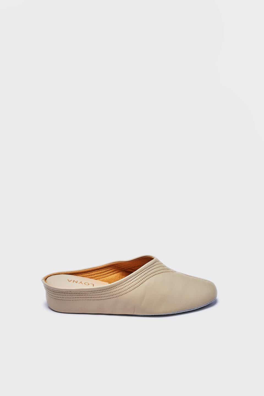 Chinela Pespuntes Beig Kosma Menorca en Loyna Shoes