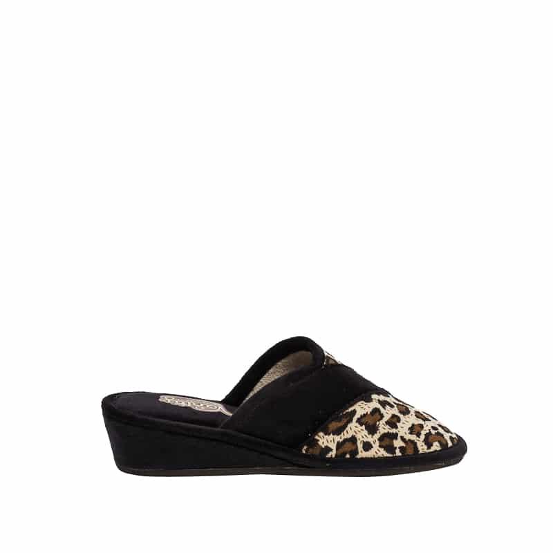 Dalmata Suapel Slippers en Loyna Shoes