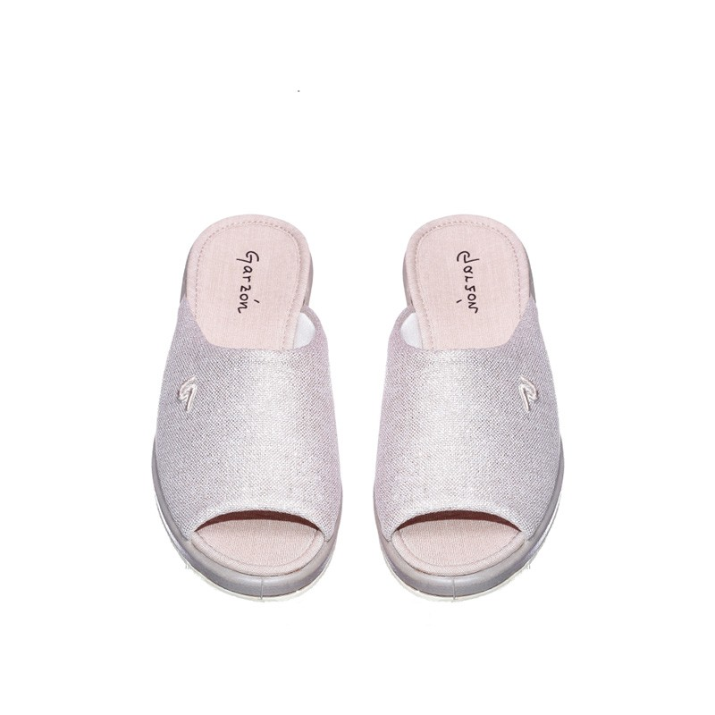 Oropel Puntera Beig Garzón en Loyna Shoes