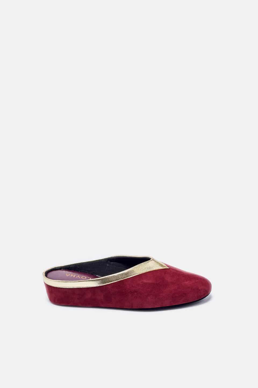 Chinela Ante Burdeos Vivo Oro Cuña Kosma Menorca en Loyna Shoes