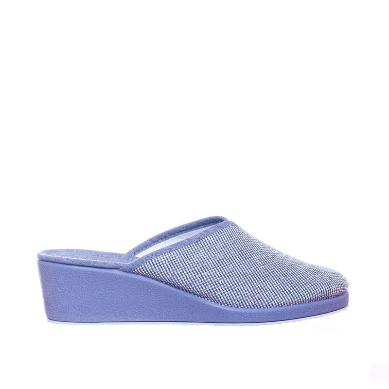 Amida Indigo Garzón en Loyna Shoes