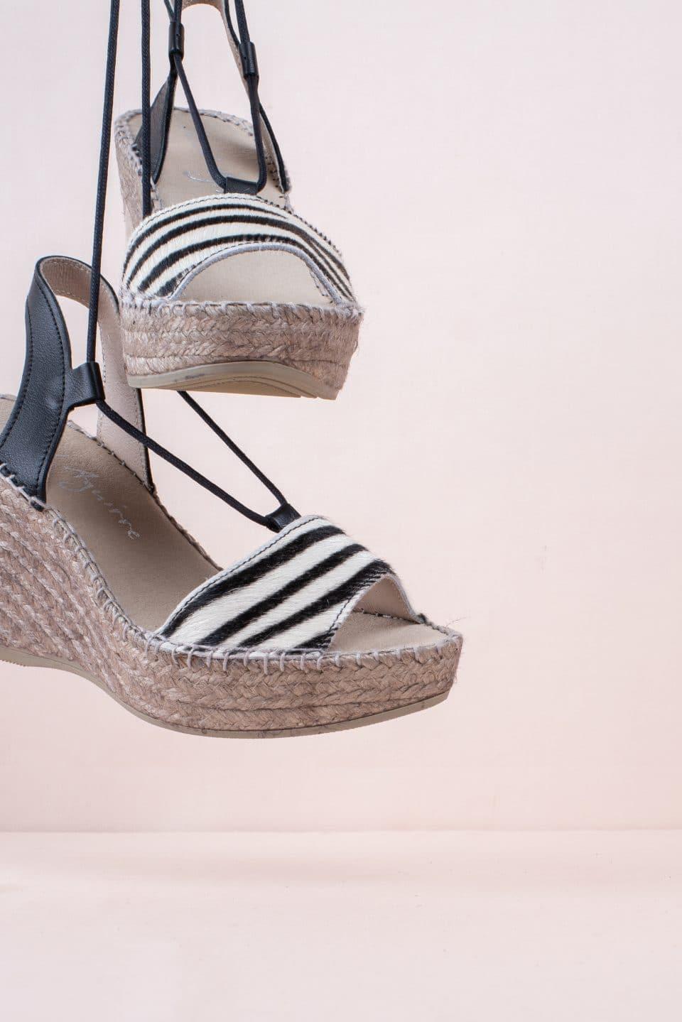 Pony Cebra Alpargatas en Loyna Shoes