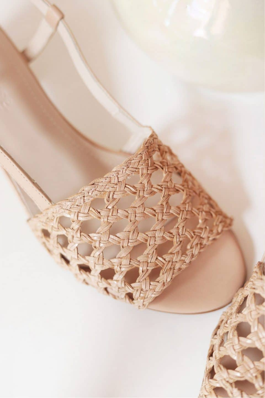 ROMY TRENZADO BEIGE Mint & Rose Sandalias en Loyna Shoes