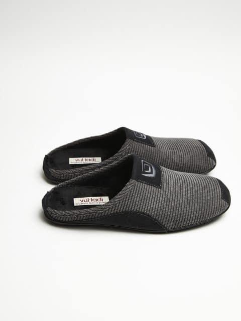 ZUECO PANAL GRIS Marcas en Loyna Shoes