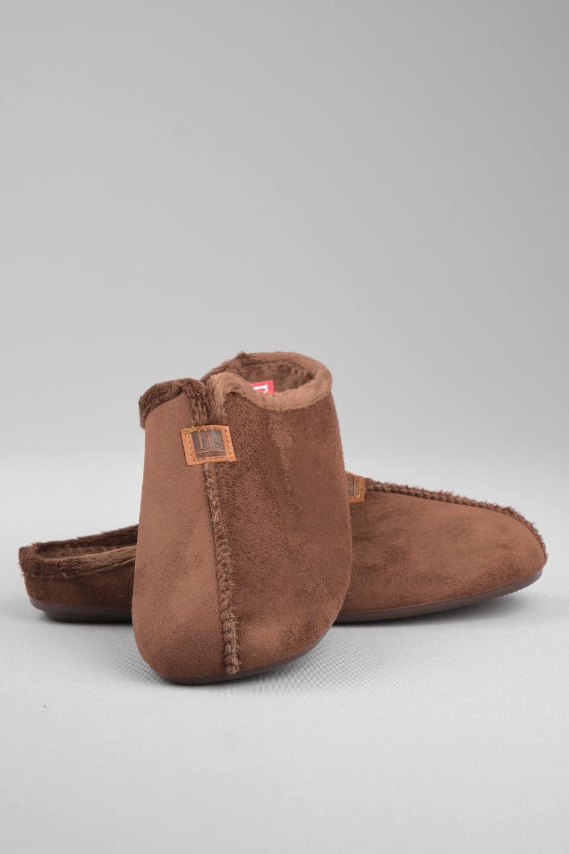ZUECO BABUCHA MARRON Marcas en Loyna Shoes