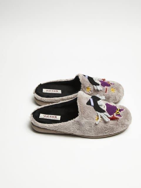 ZUECO BRUJA MONTBLANC PARDO Slippers en Loyna Shoes