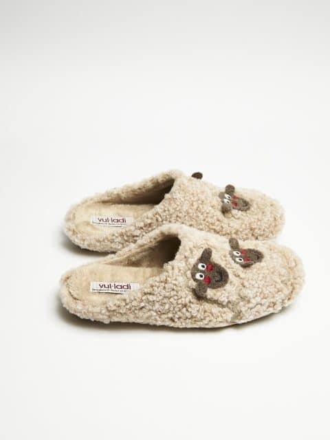 ZUECO CABRIEL BEIG Slippers en Loyna Shoes
