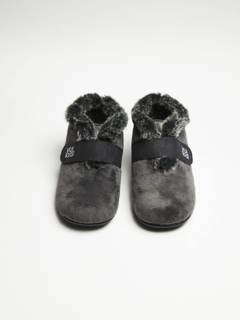 BOTIN VELCRO ALASKA GRIS Marcas en Loyna Shoes