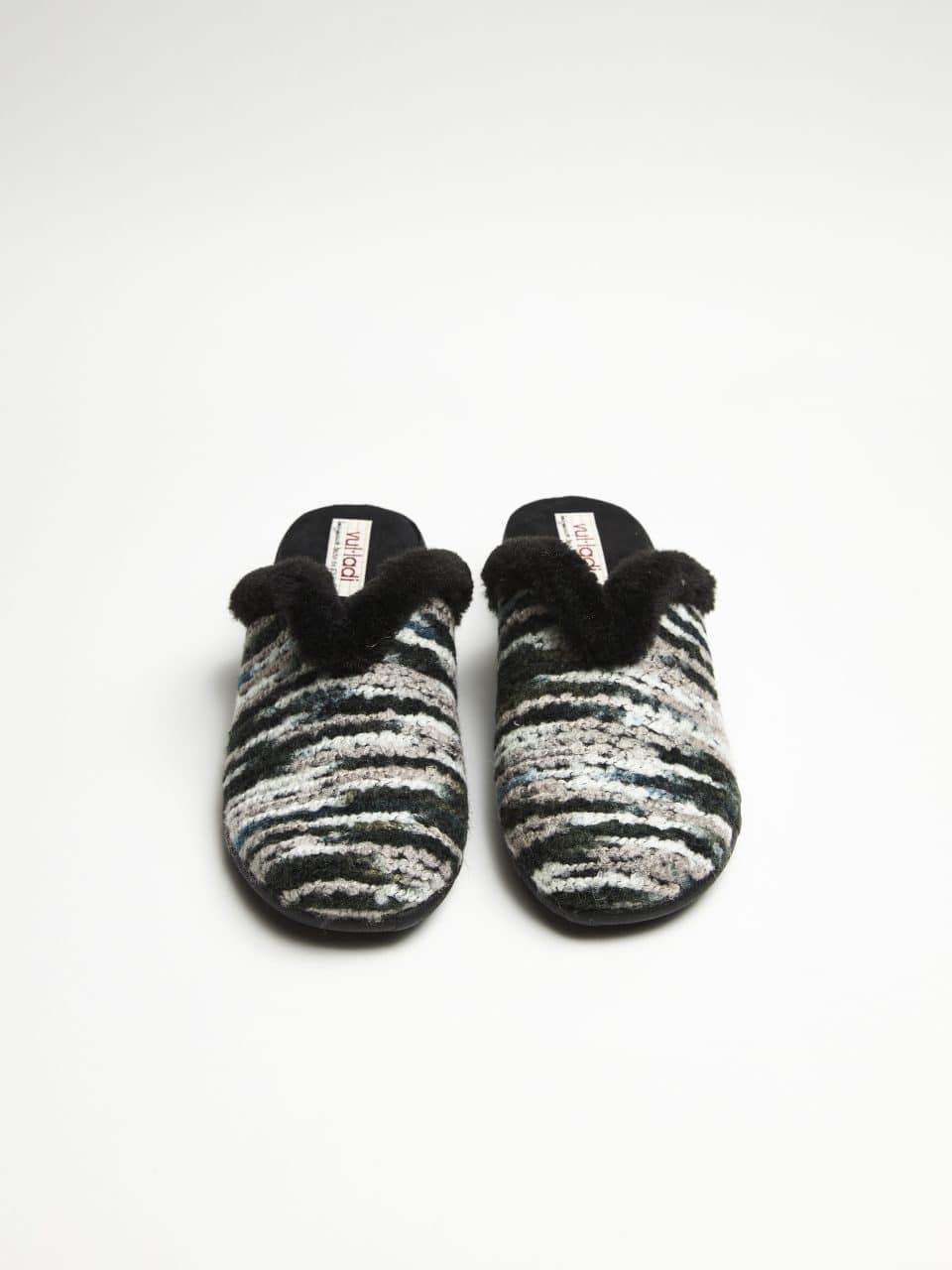 ZUECO CUÑA BRAXTON NEGRO Marcas en Loyna Shoes
