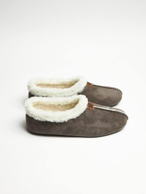 BABUCHA GRIS Marcas en Loyna Shoes