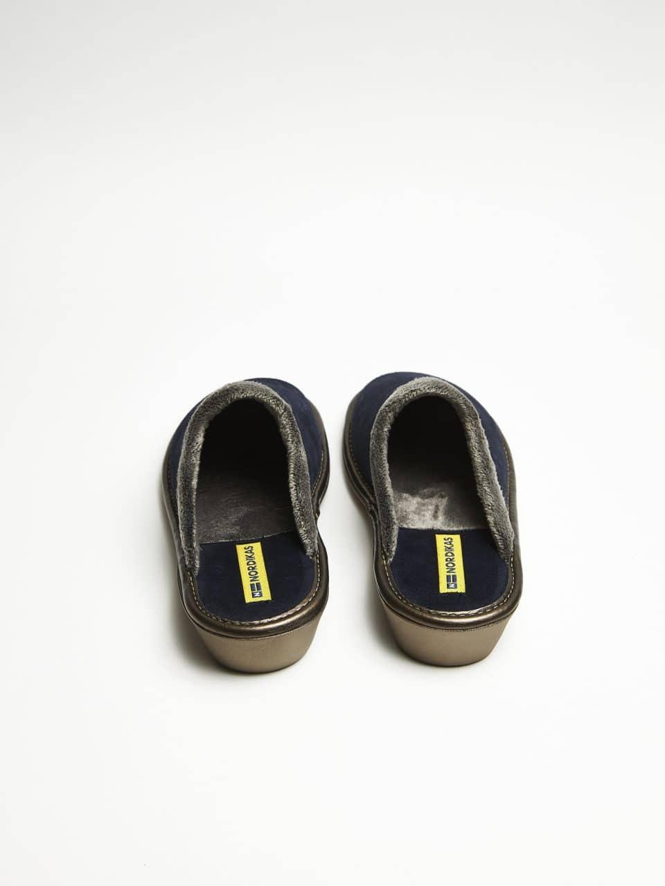 NORDIKAS AFELPADO MARINO CHINELA MUJER Marcas en Loyna Shoes