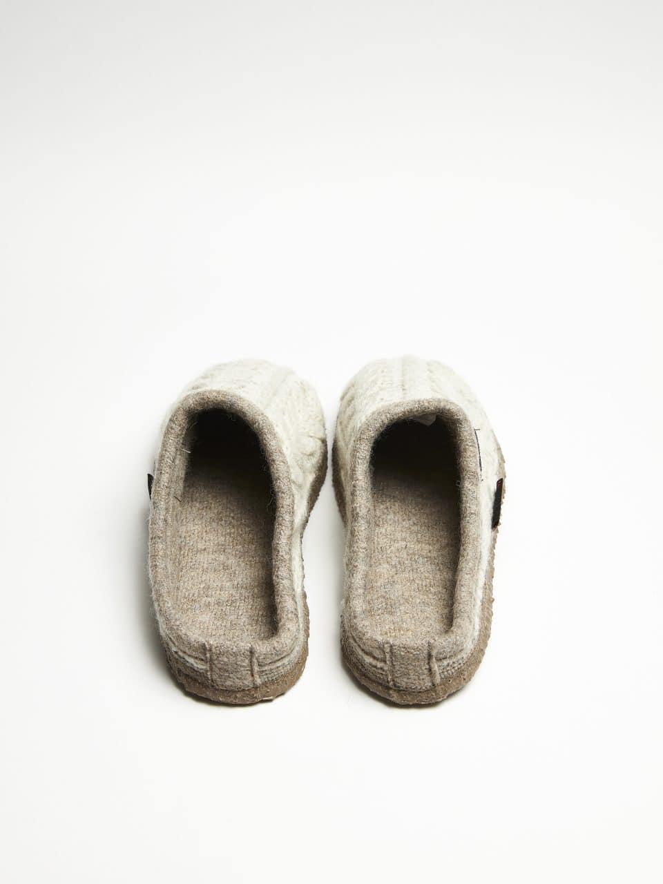 NEDAU BEIG Giesswein en Loyna Shoes