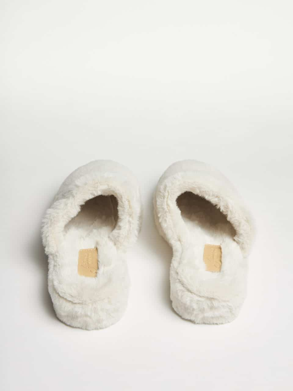 Mally Pelo Piedra Slippers en Loyna Shoes
