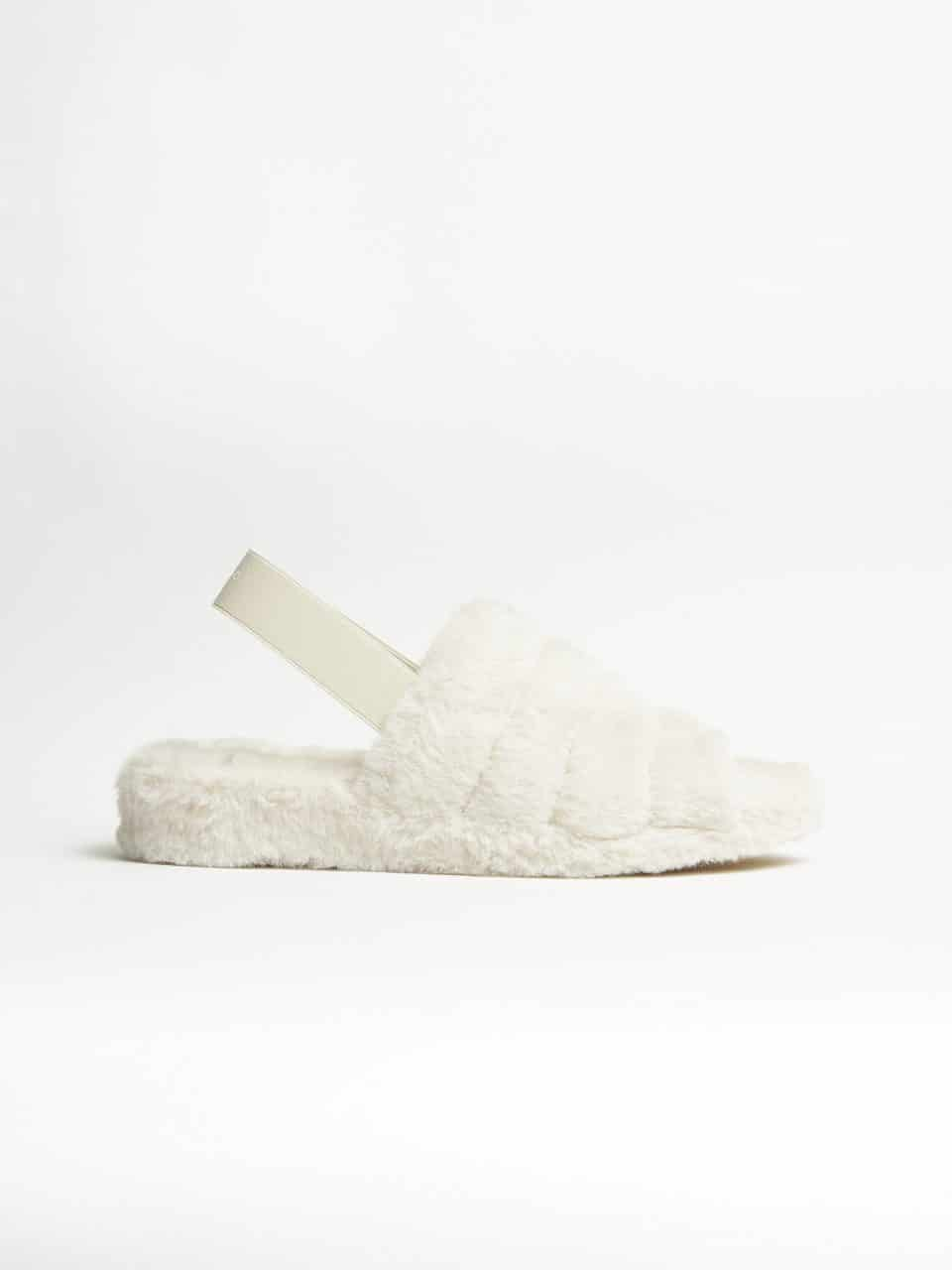 Max Pelo Piedra. Slippers en Loyna Shoes
