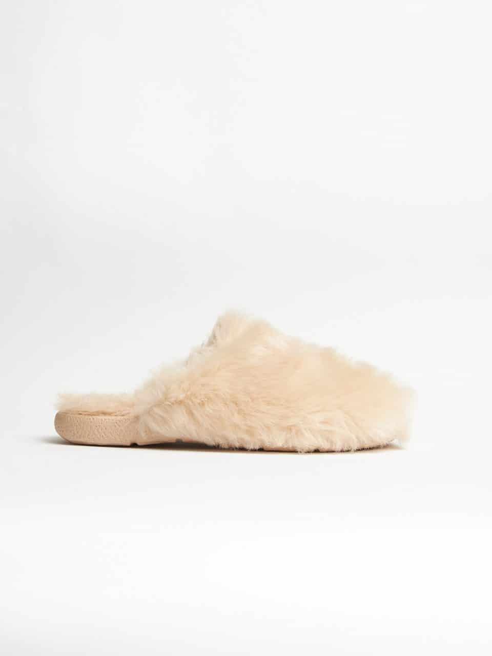 Muton Rosa Slippers en Loyna Shoes
