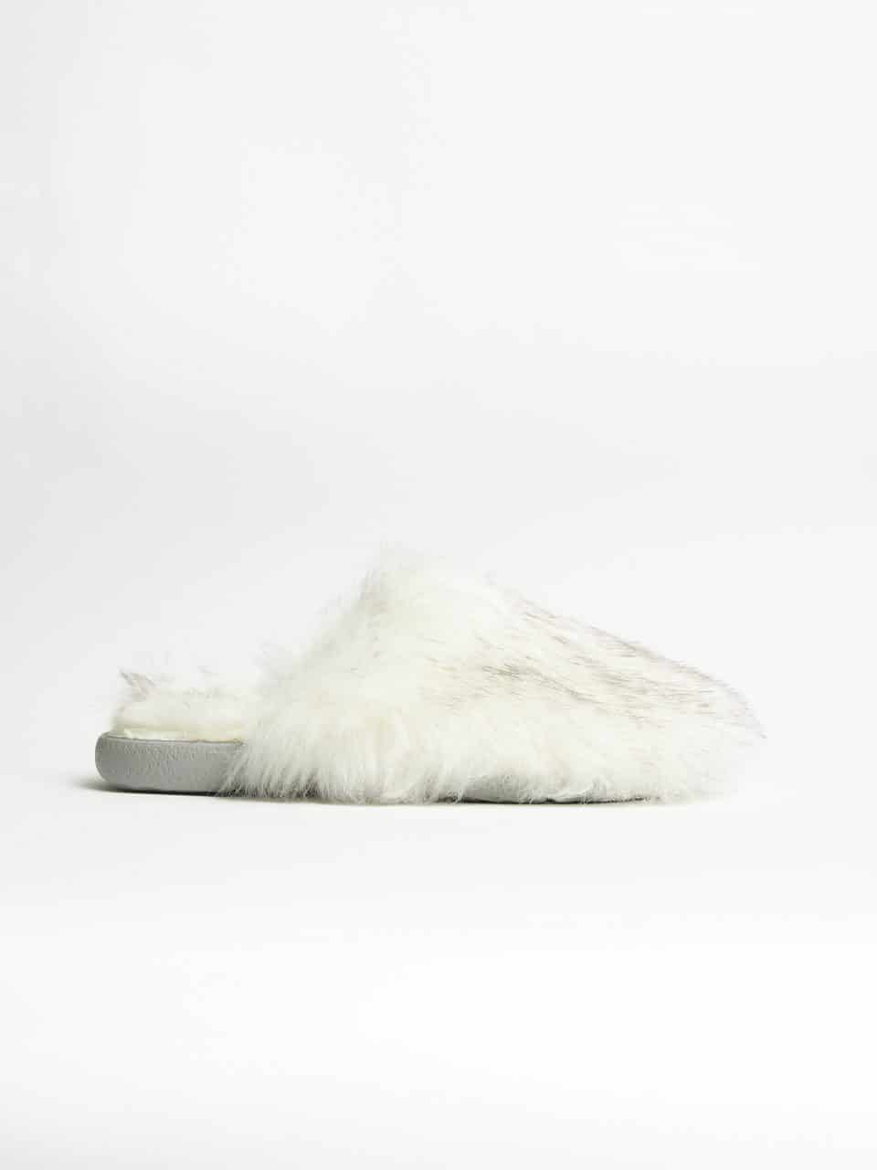 Muton Blanco Slippers en Loyna Shoes