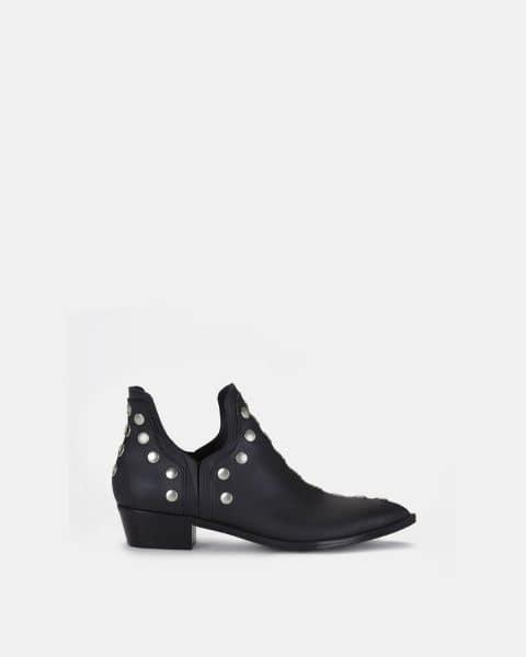 PUNKY BOOTS NEGRAS Botines en Loyna Shoes