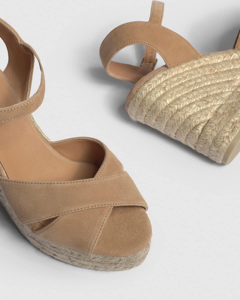Blaudell. Alpargata con cuña elaborada en ante 11cm Alpargatas en Loyna Shoes