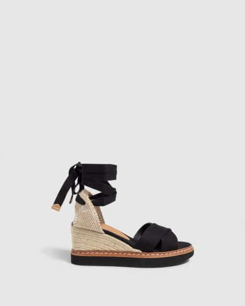 Bonnie. Sandalia con cuña elaborada en lona 7cm Castañer Alpargatas en Loyna Shoes