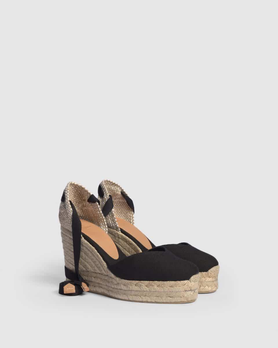 Castañer Chiara Negro Alpargata con cuña elaborada en lona 11cm Alpargatas en Loyna Shoes