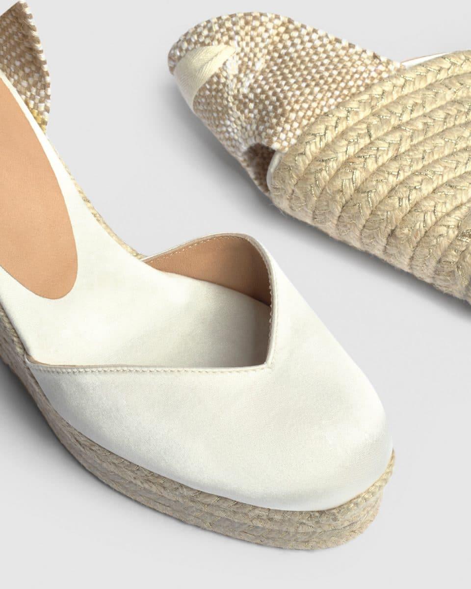 Alpargatas Chiara Castañer Blanco con cuña elaborada en lona 11cm Alpargatas en Loyna Shoes