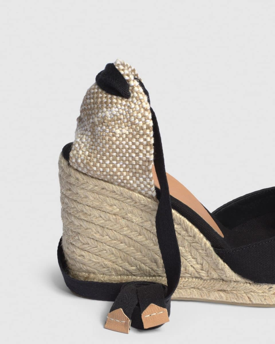 Alpargata de cuña Carina elaborada en lona 9 cm Alpargatas en Loyna Shoes