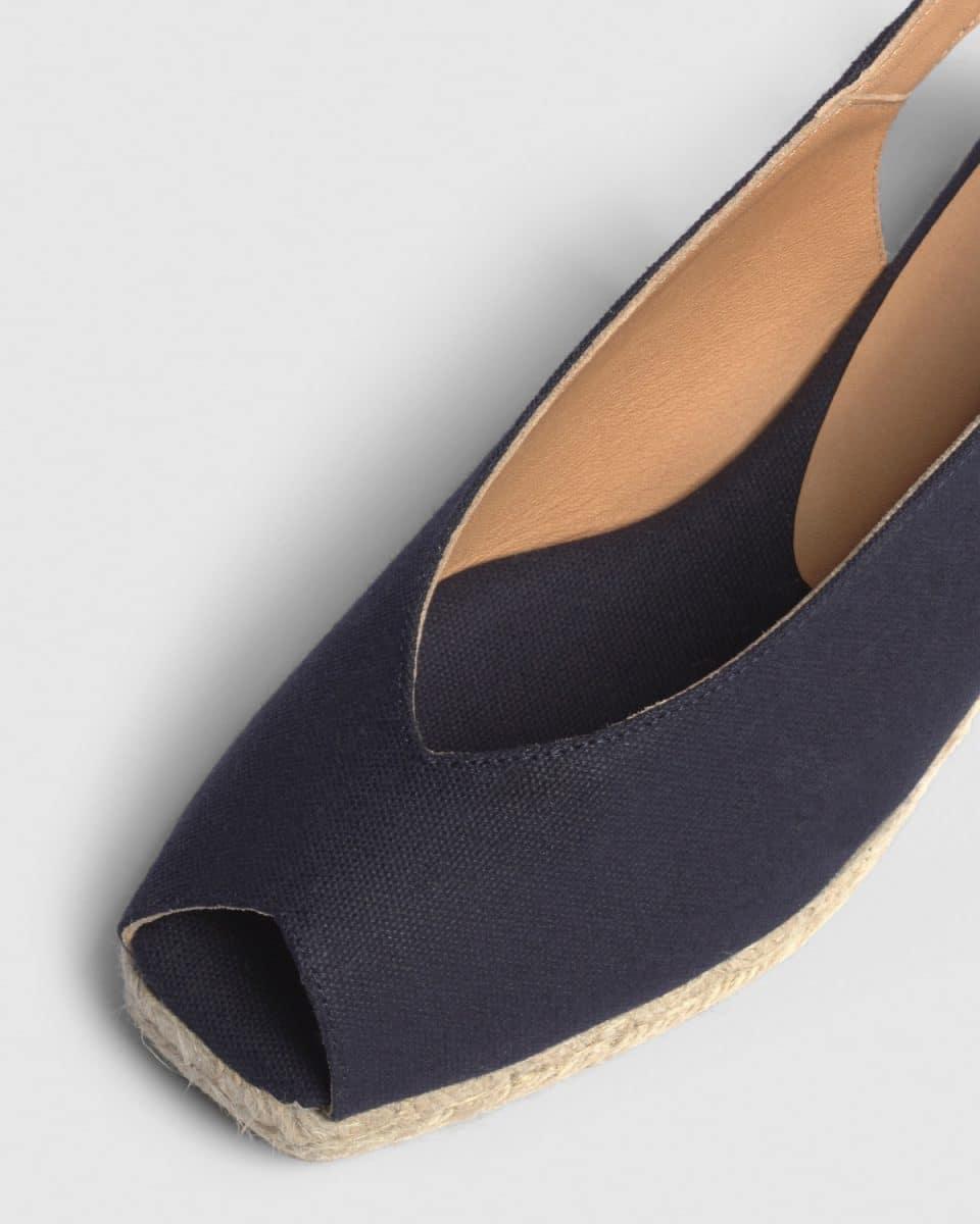 Alpargata de cuña open toe Dosalia elaborada en lona 5 cm Castañer Alpargatas en Loyna Shoes