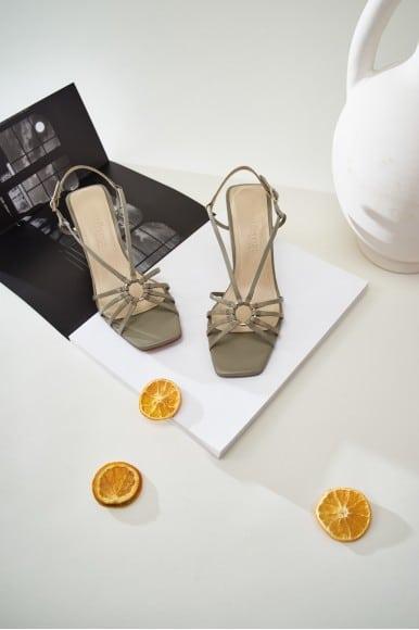 Lea Selva Marcas en Loyna Shoes
