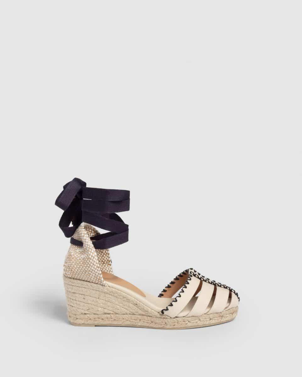 Cici. Alpargata con cuña elaborada en lona 7cm Rebajas en Loyna Shoes