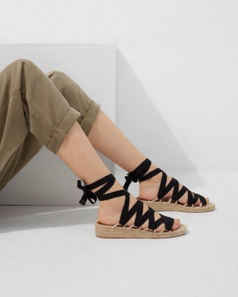 Paloma. Sandalia de cuña elaborada en lona fantasía 4cm Alpargatas en Loyna Shoes