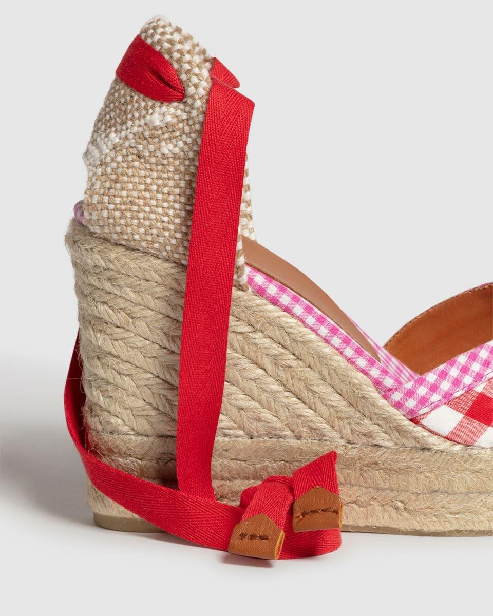 Cosmos. Alpargata con cuña elaborada en algodón 11cm Castañer Alpargatas en Loyna Shoes