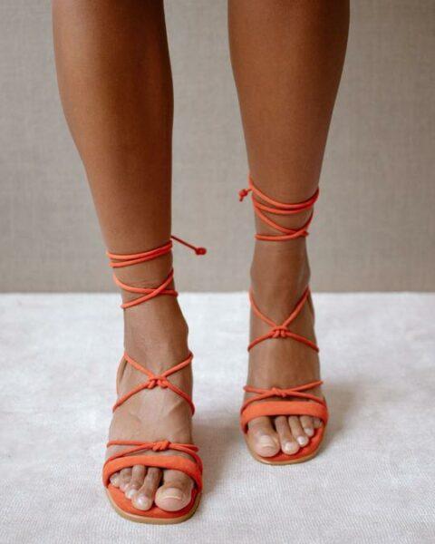 Sophie Orange Alohas Sandalias en Loyna Shoes