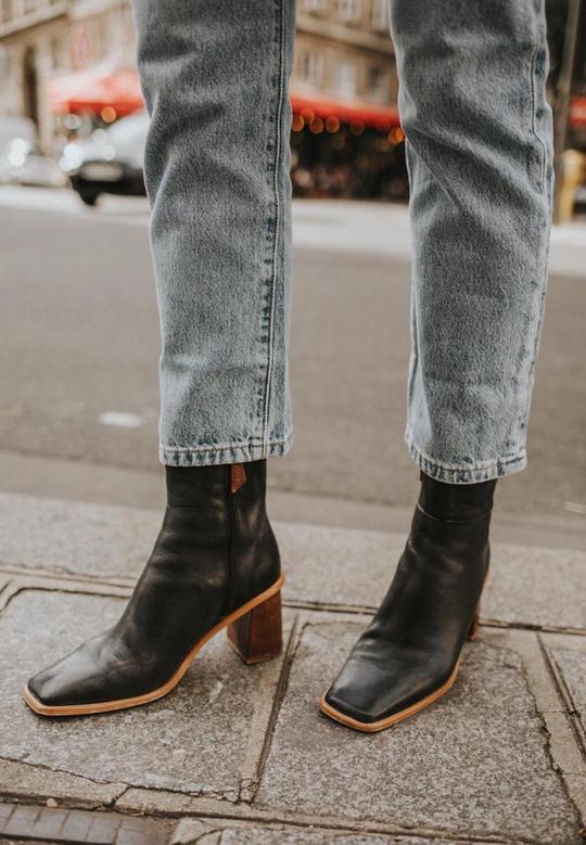 West Black Vintage Alohas en Loyna Shoes