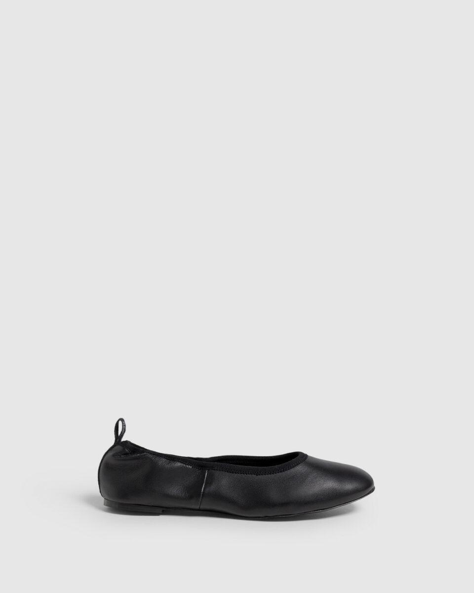 Bailarina Castañer Pippa negro elaborada en napa Bailarinas en Loyna Shoes