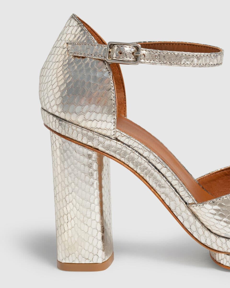 Charlotte. Zapato d'Orsay Pump de piel metalizada 11cm Castañer en Loyna Shoes