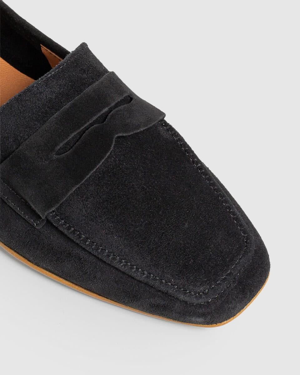 Evita. Mocasín elaborado en serraje Castañer en Loyna Shoes