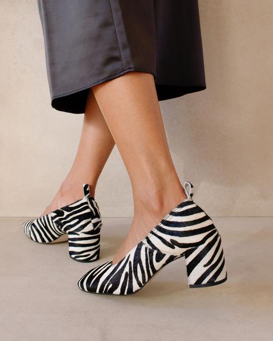 Agent Safari Black White Print Alohas en Loyna Shoes
