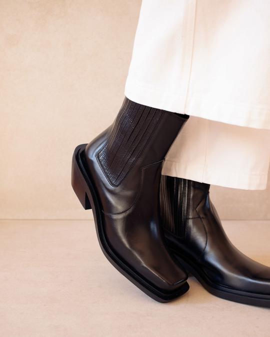 Ranch Black Alohas en Loyna Shoes
