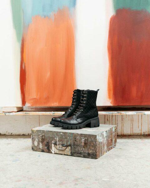 URIA/069 Botines en Loyna Shoes