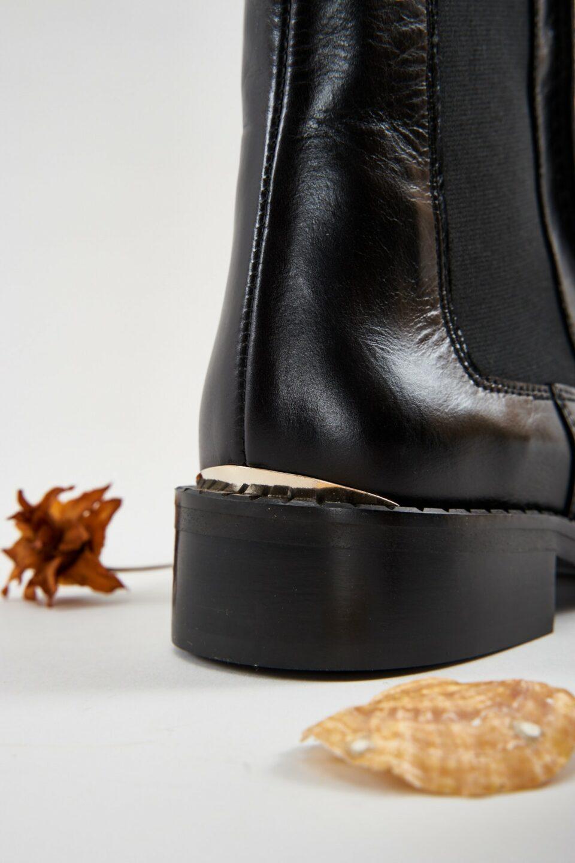 Marion Negro Botines en Loyna Shoes