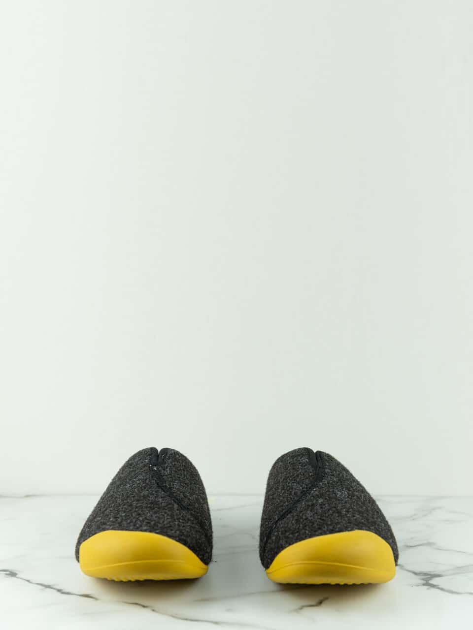 ARTIK NEGRO Marcas en Loyna Shoes