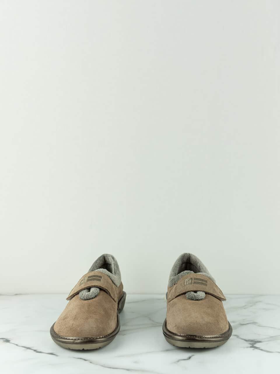 AFELPADO PIEDRA Marcas en Loyna Shoes
