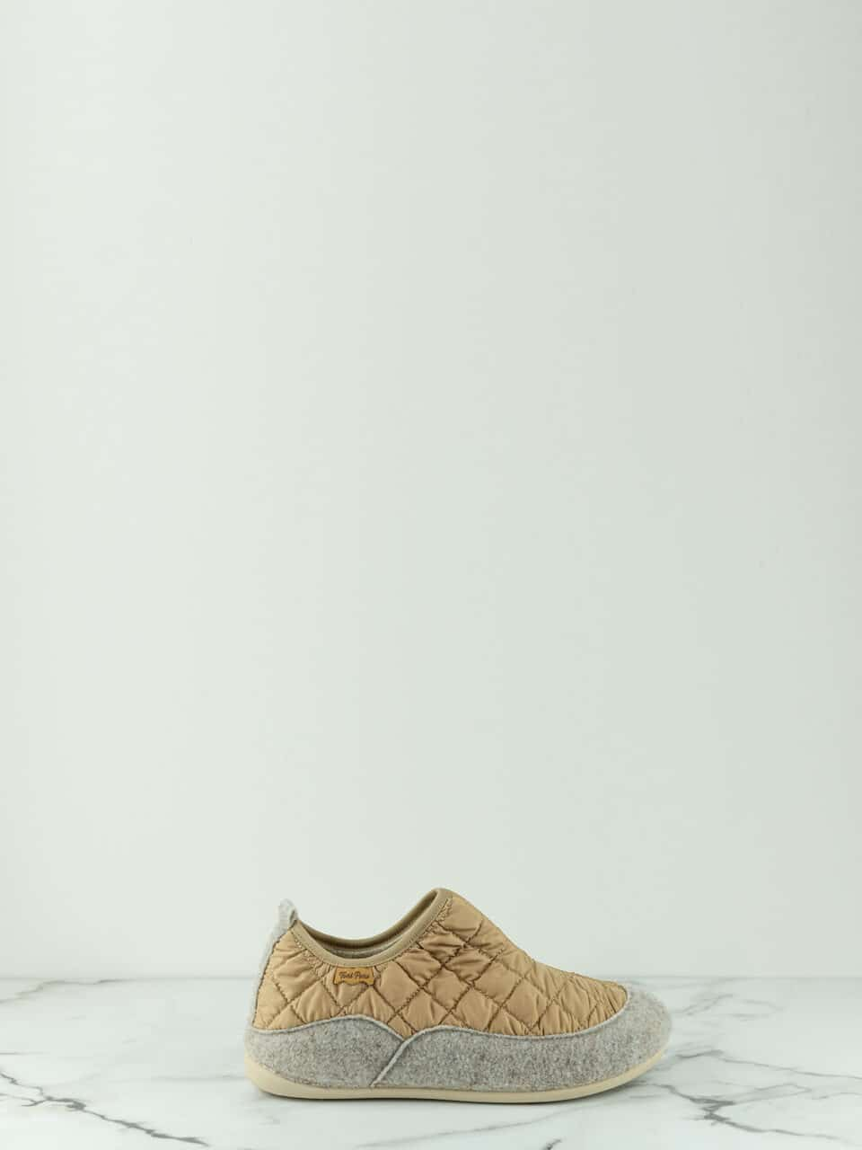 MARE-UM BEIGE Marcas en Loyna Shoes