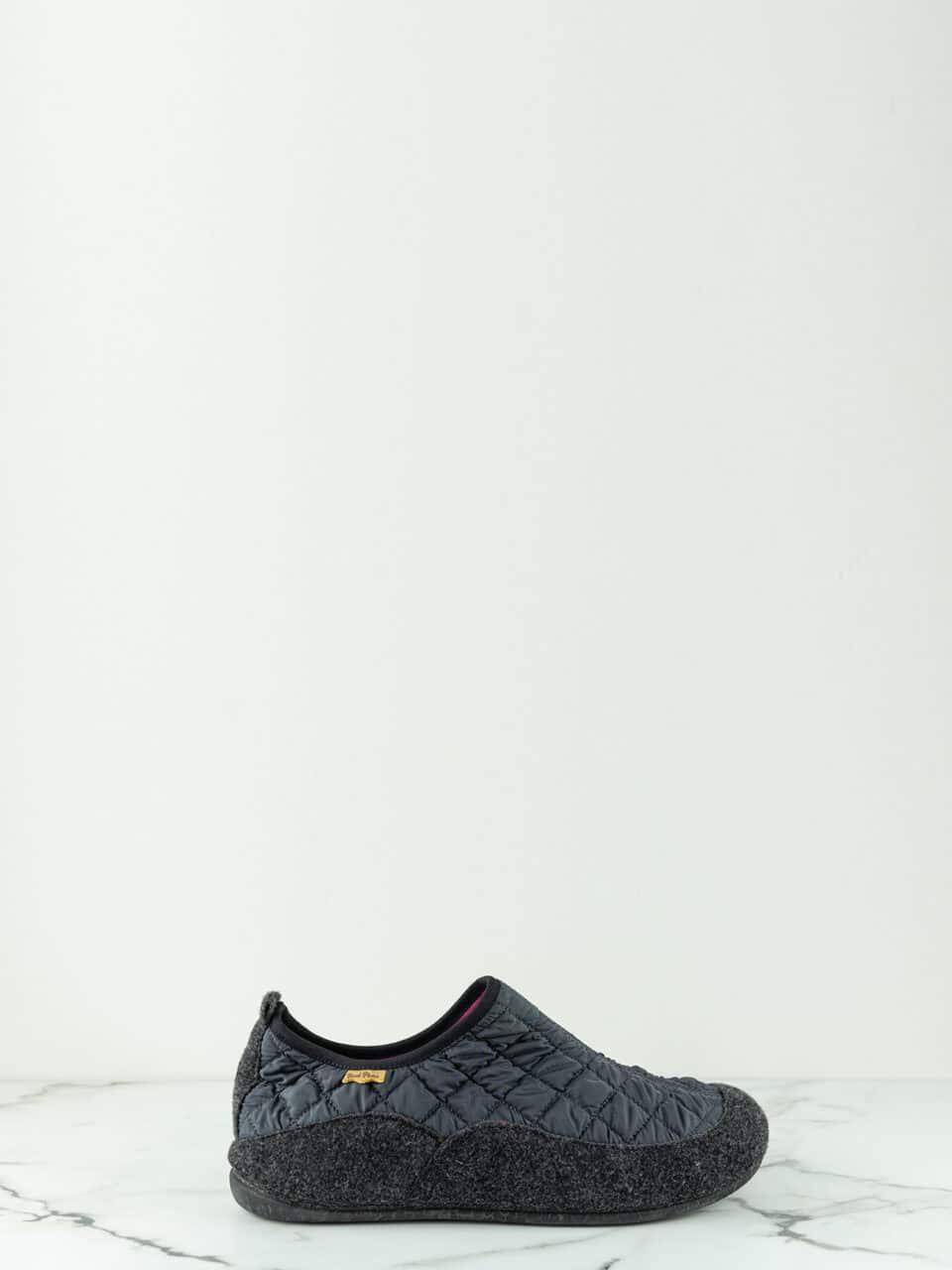 NIL-UM GRIS Marcas en Loyna Shoes