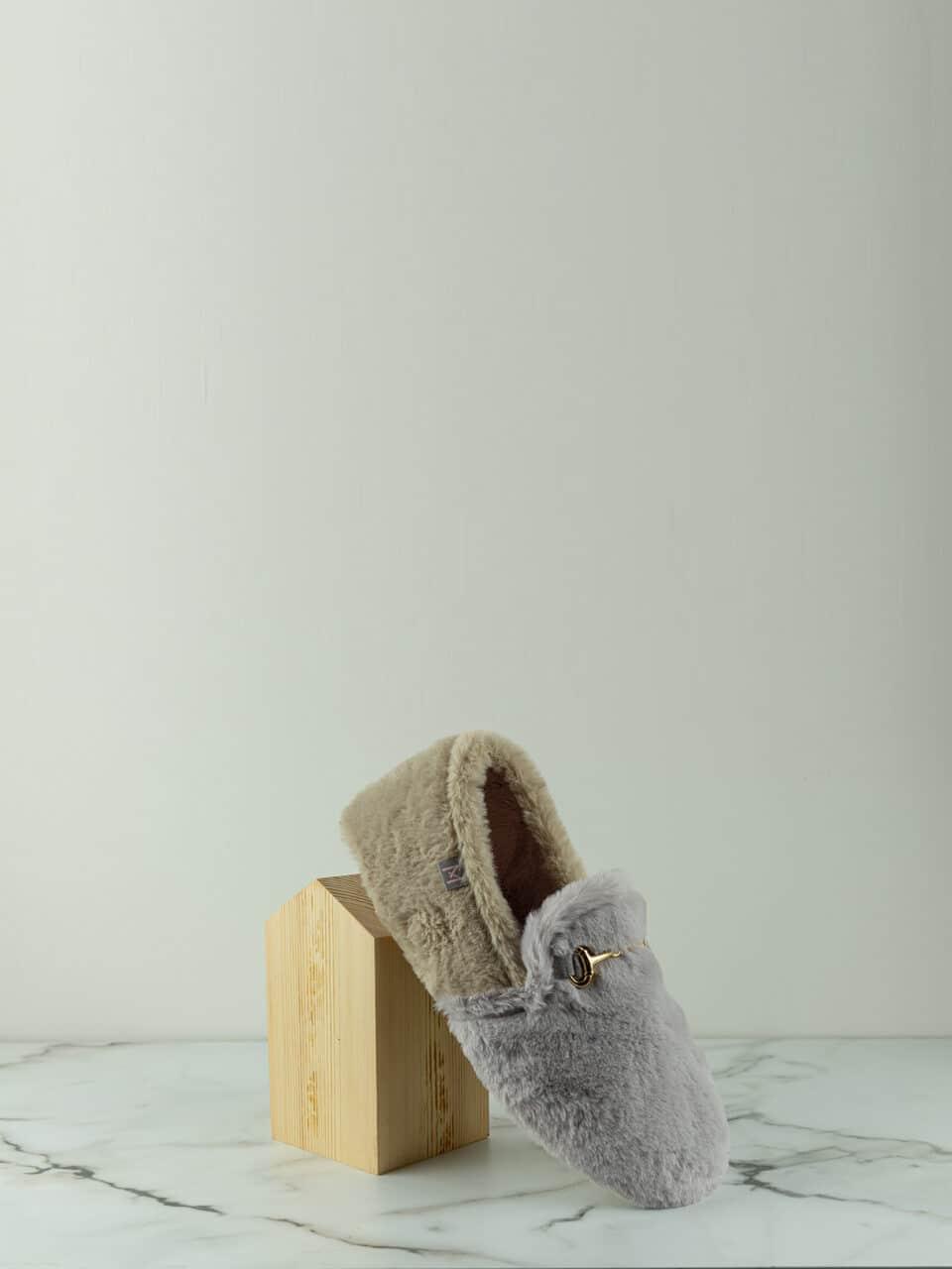 ANAIS GRIS-BEIG Macarena Home en Loyna Shoes